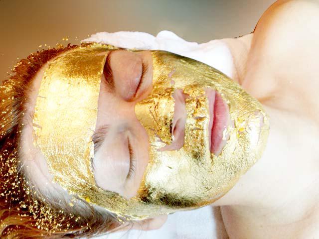 Kosmetik Goldbehandlung